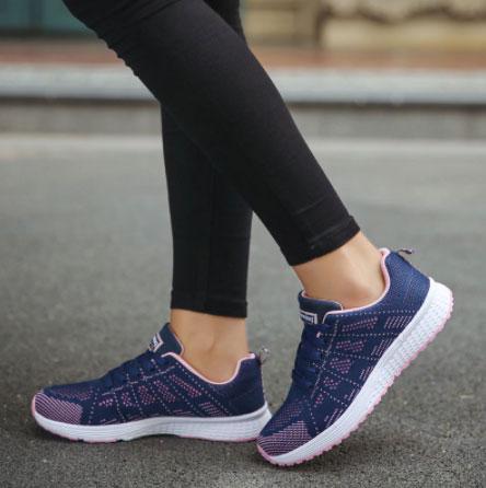 Женские кроссовки для примера с Алиэкспресс